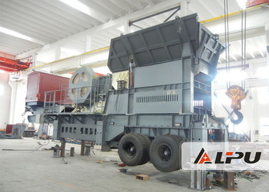 Cina Customize Two Stage Mobile Crushing Plant / Mobile Jaw Crusher Untuk Pertambangan pemasok