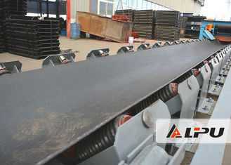 Cina Continuous Lebar 1000mm Mining Coal Conveyor Belt Systems 290-480t / H pemasok